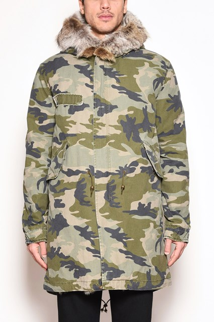 MR & MRS ITALY camouflage canvas long parka lining and hem with patch coyote fur