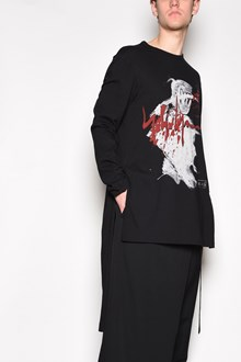 YOHJI YAMAMOTO Long sleeves printed t-shirt with side splits and more long on the back