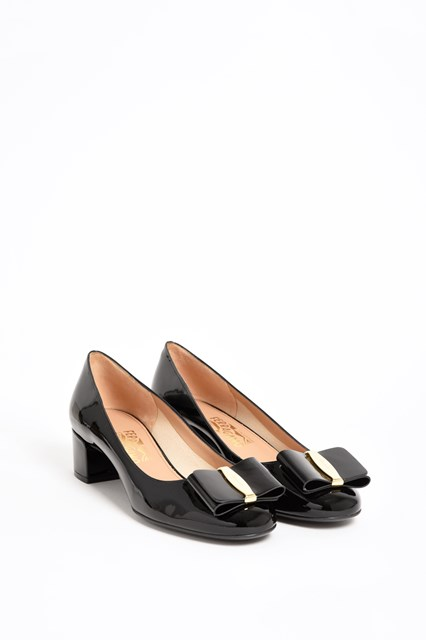 SALVATORE FERRAGAMO 'Elinda' pumps