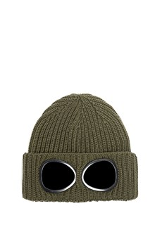 C.P. COMPANY Beanie in wool with leans