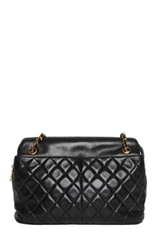 REWIND VINTAGE AFFAIRS Vintage Chanel shoulder bag
